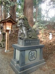 高千穂神社 狛犬「阿」