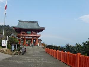 鵜戸神宮・楼門と虹